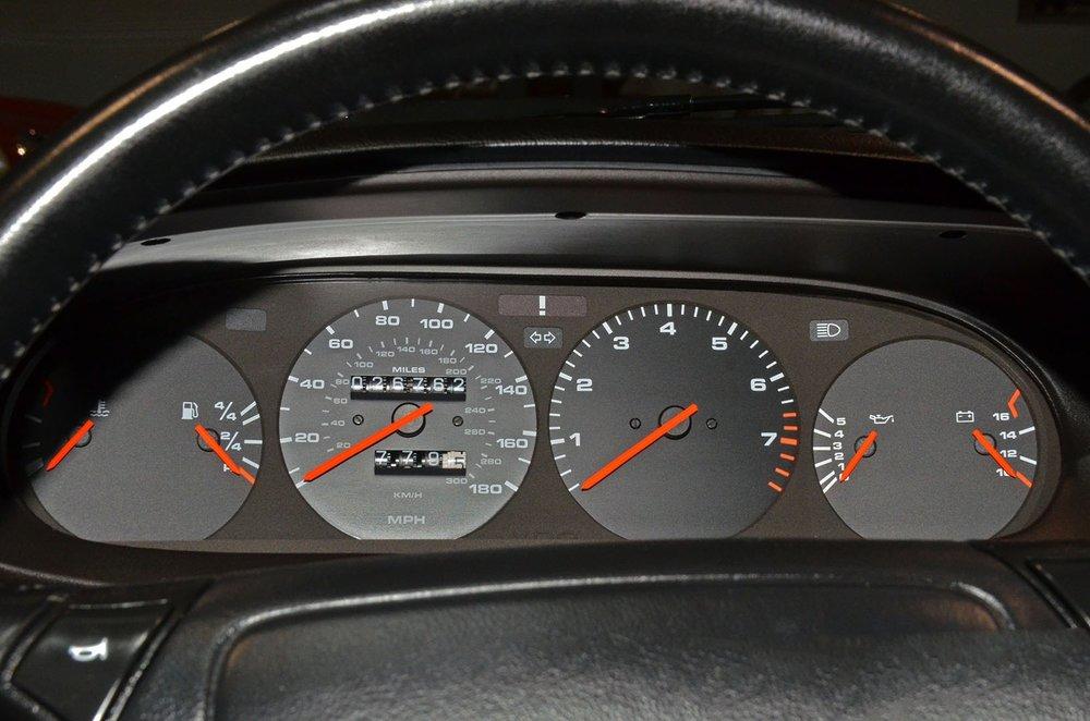 1993F_Porsche_968_red_cabriolet_022.jpg