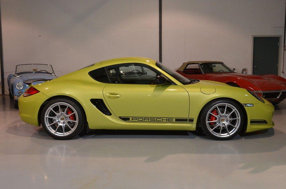 2012B_Porsche_Cayman_R_Coupe_Green_003.jpg