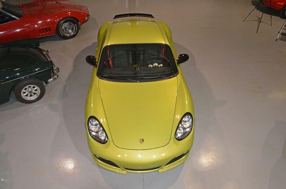 2012B_Porsche_Cayman_R_Coupe_Green_041.jpg