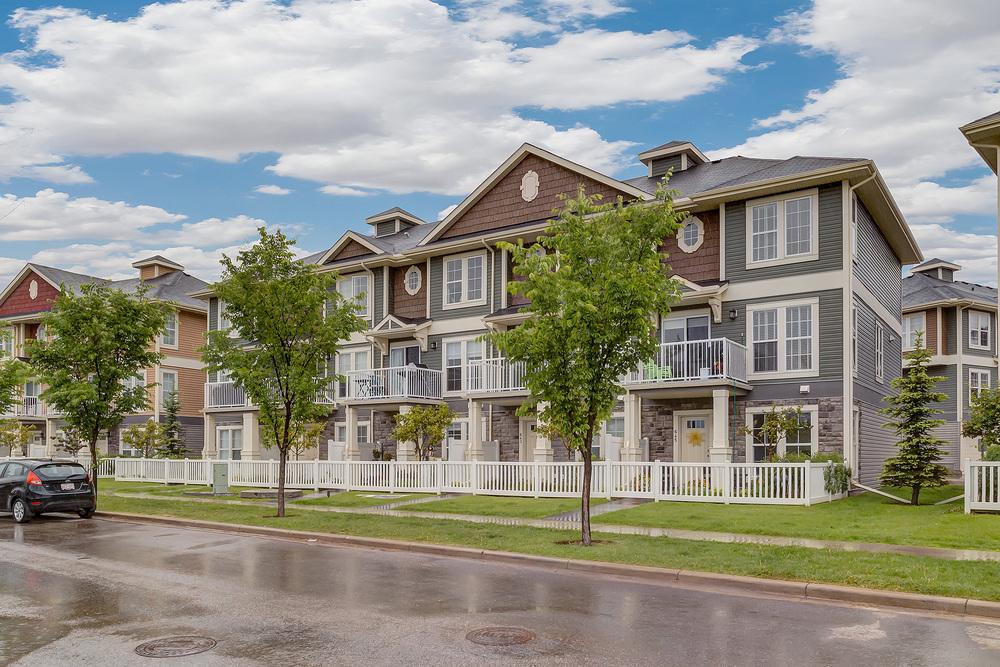641 Auburn Bay Blvd - Current Listing in the Community of Auburn Bay