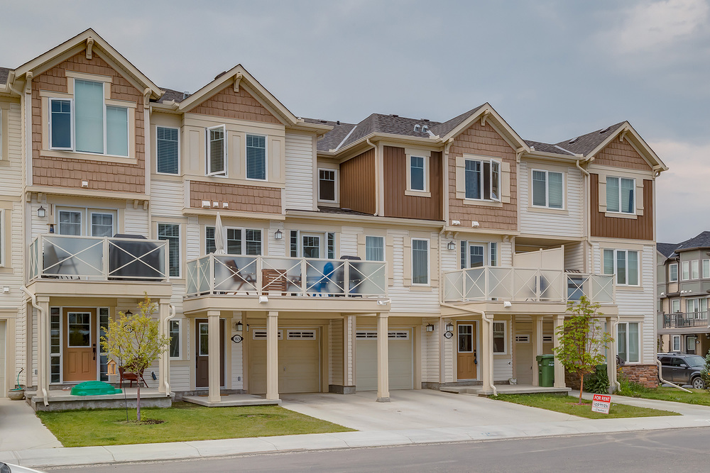 Current Listing 165 Windstone Mews SW - A great townhouse for a first time buyer.