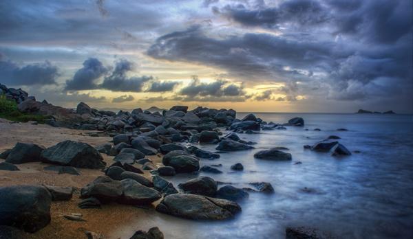 shore_rocks.jpg