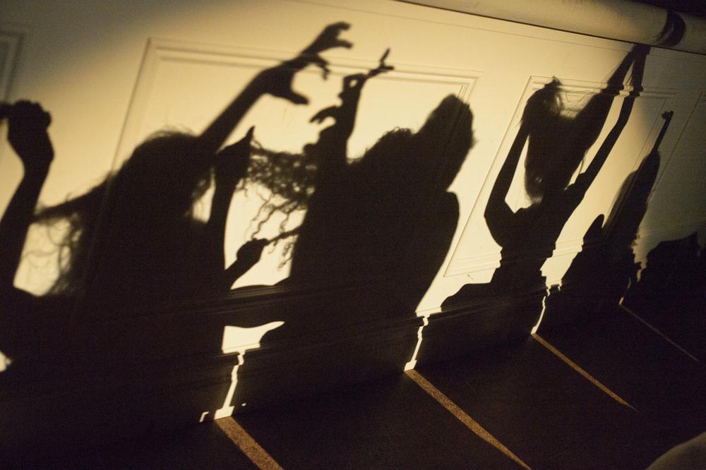 Geoff Kanick, Skye Van Rensselaer, Kristin Yancy, Nadine Malouf, Emily Palmquist - Photo: John Deamara