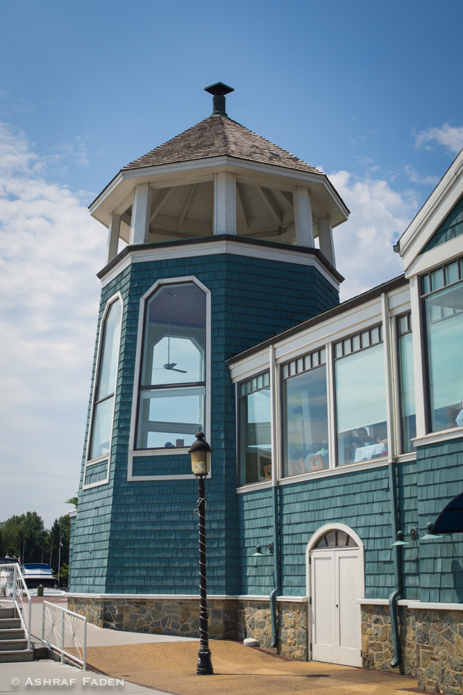 This a side view of the Chart House restaurant. This is a really good place to eat at.