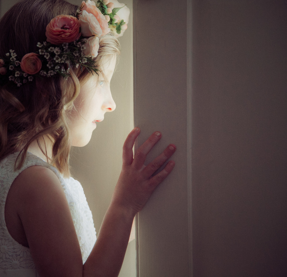 Sweet little flower girl with flower crown - photographed by Dylan Nolte