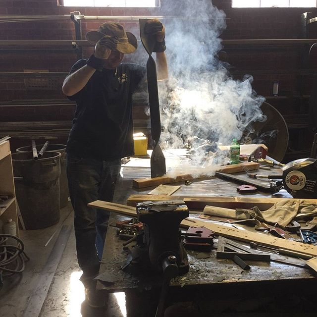 Some things you never grow up enough to not enjoy...fire is one of those things. Photo by @skylarmorganfurniture  #maker #welder #twist #laddertread  #fabricator