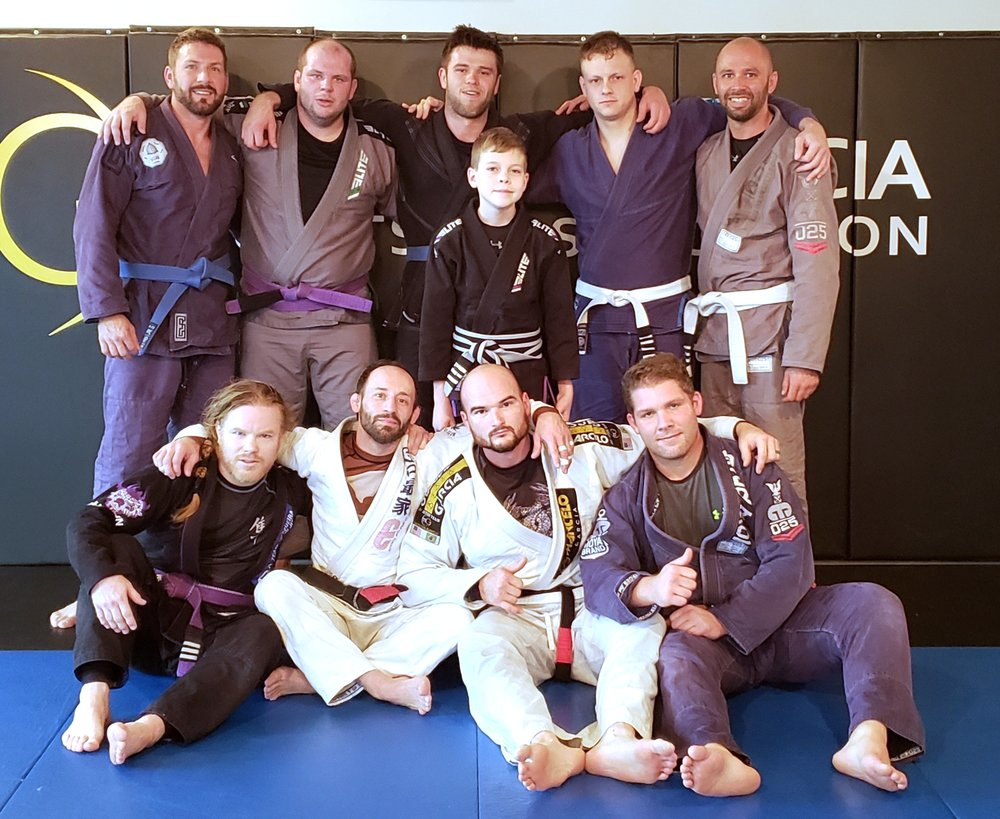 2018 Turkey Roll w (left to right, front row) Viking Josh, Kevin, Mike, Tim, (center) Ethan, (left to right, back row) Matt, Fedor, Carson, Jim, and Chuck.