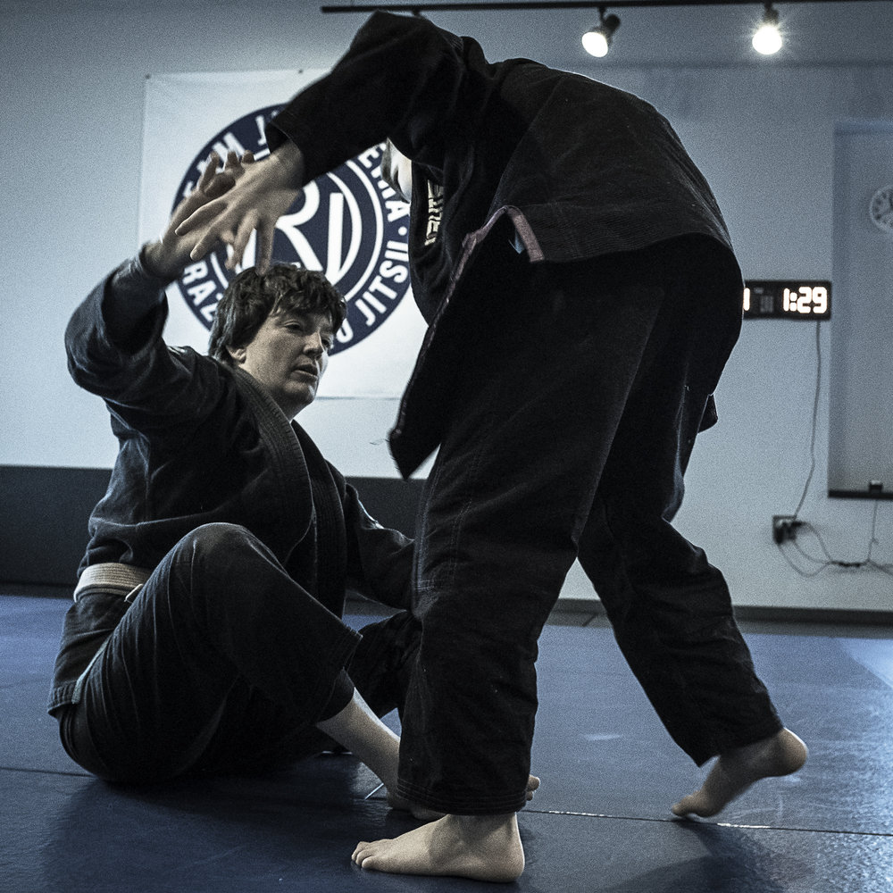 Kelly Labor - Brown Belt   A jiu-jitsu player for several years, Kelly Labor recently started training under Rodrigo in August 2016. She teaches the children's classes and was promoted to brown belt in May 2017. Kelly has competed in several major competitions around the country including, most recently, World Master tournament in Las Vegas.