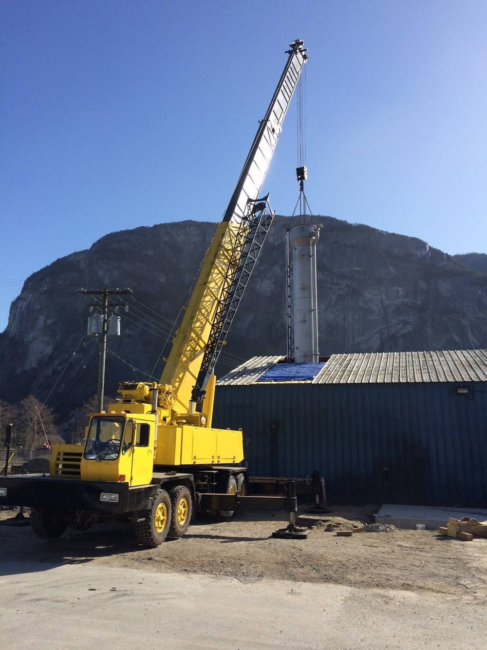 Pellet reactor vessel install - Mar 2015