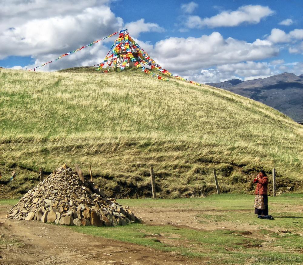 P0117-Praying Tibetan-XLarge.jpg