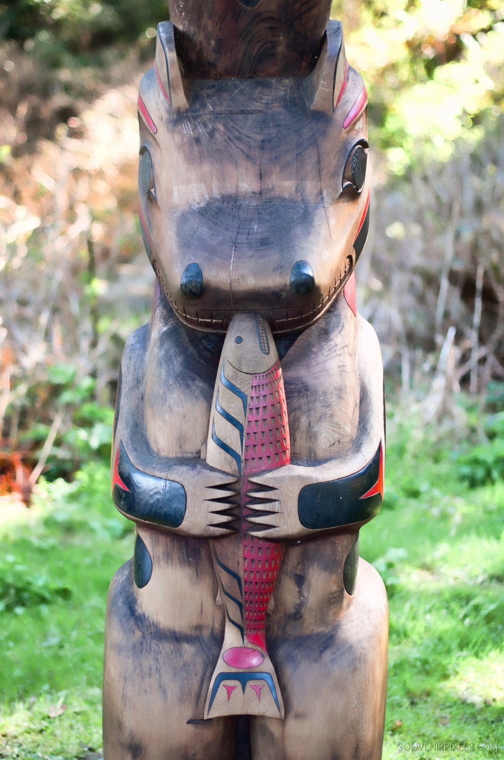 P0038-Hungry Bear Totem -XLarge.jpg