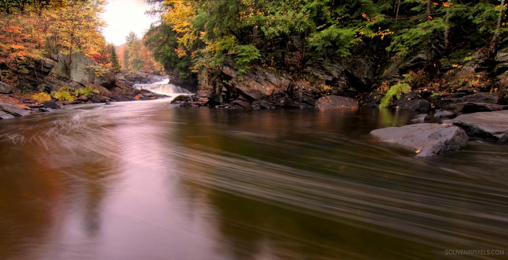 P0239-Streaky Water-XLarge.jpg