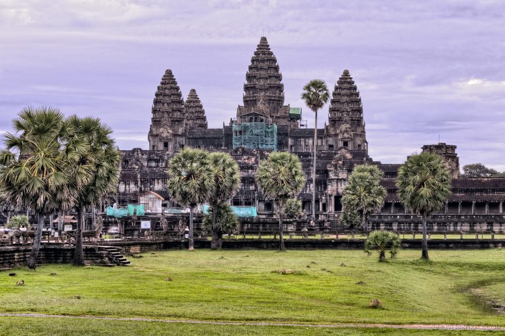 P0107-Angkor Wat Classic View-XLarge.jpg