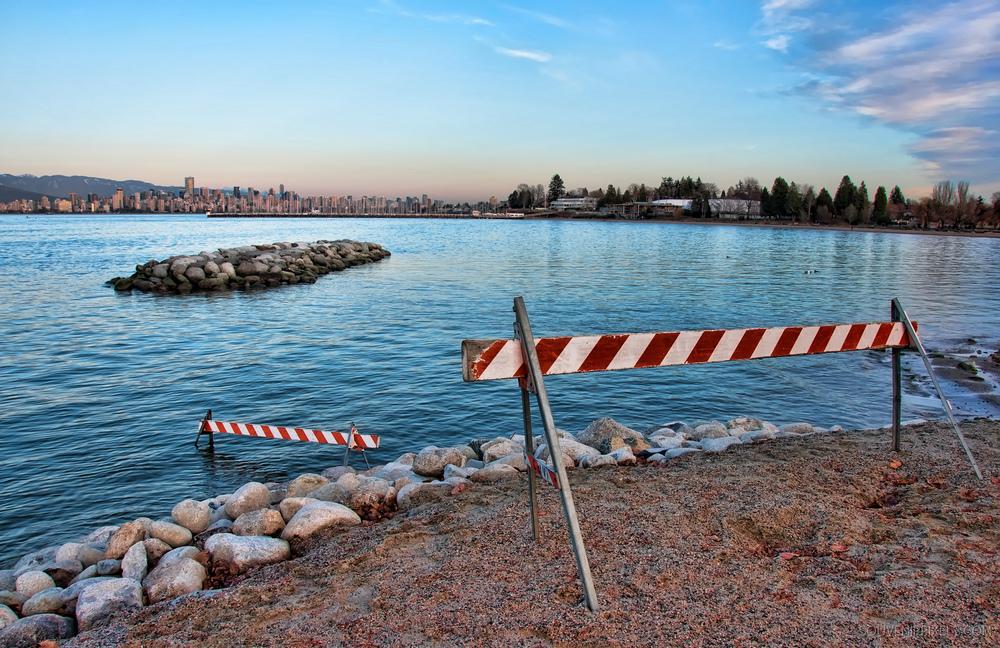 P0245-Water Hazard-XLarge.jpg
