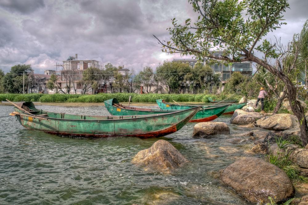 P0108-Erhai Lake Boats-XLarge.jpg