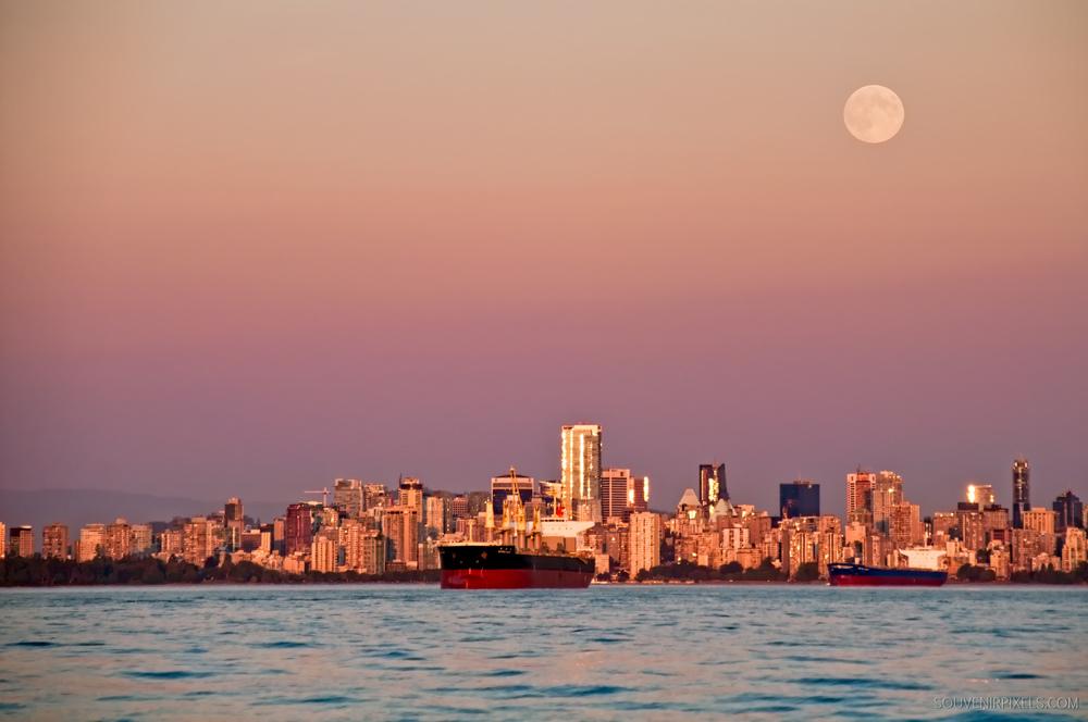 P0015-Vancouver Full Moon-XLarge.jpg