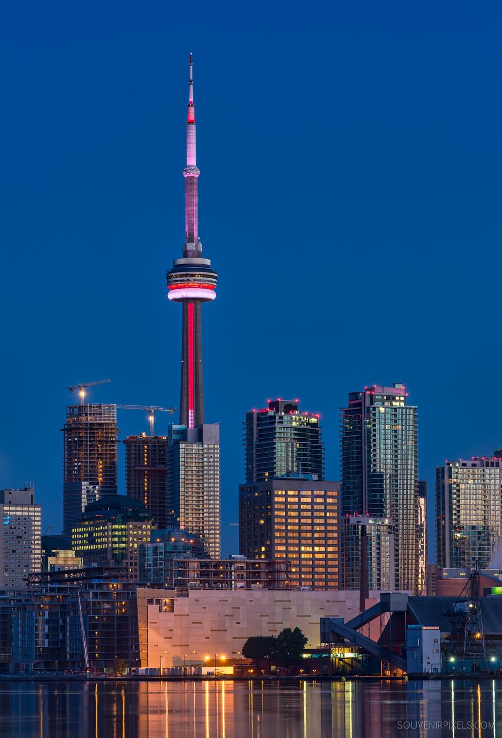 P0518-Toronto Cranes-XLarge.jpg