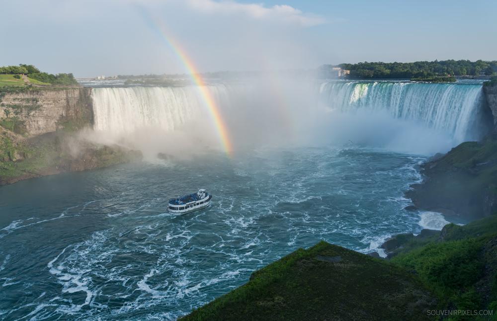 P0522-Niagara Fall Rainbow-XLarge.jpg