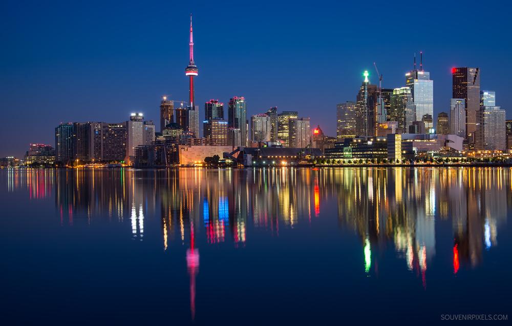P0511-Toronto Skyline-XLarge.jpg
