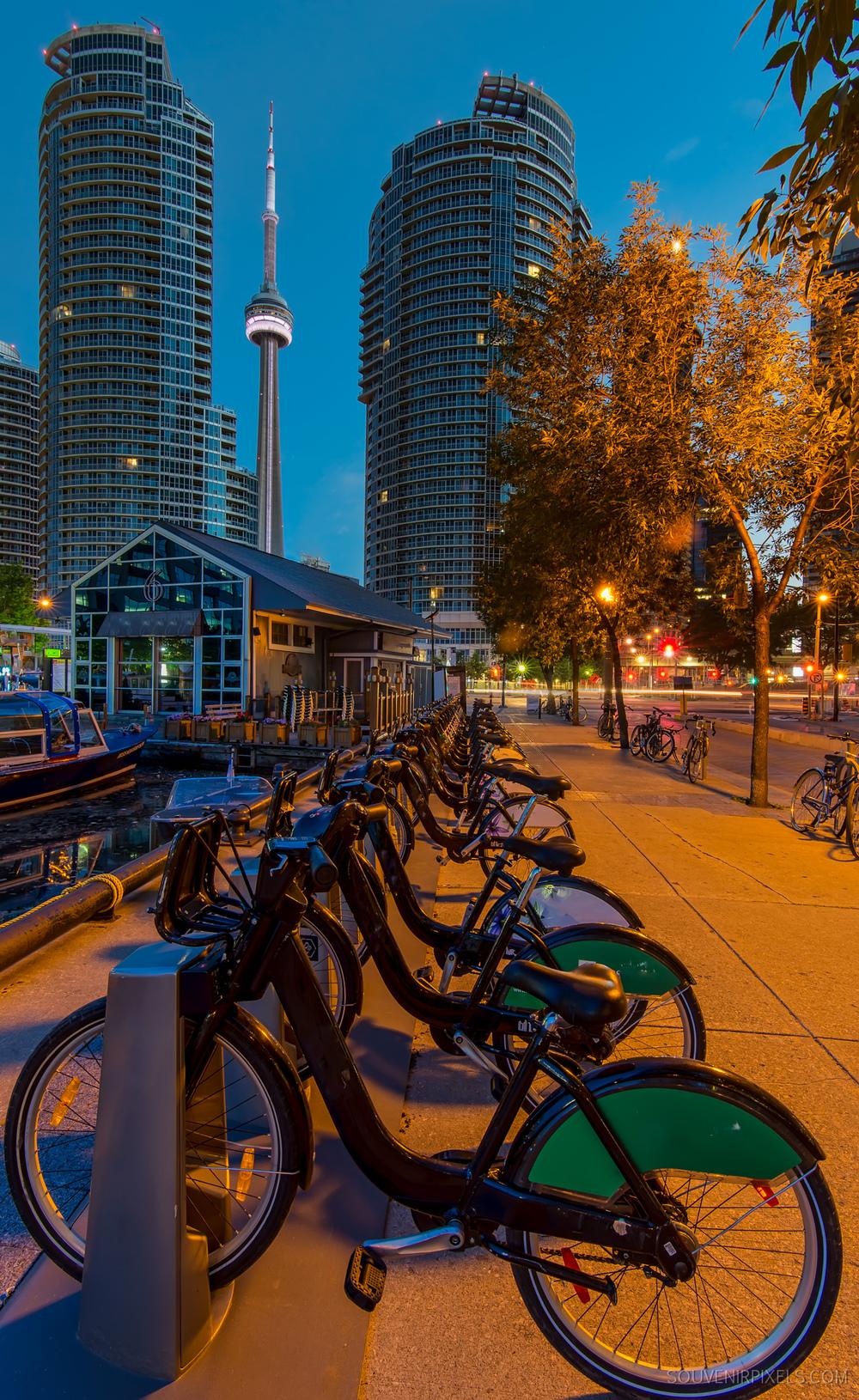 P0656-Toronto Bike Sharing-XLarge.jpg