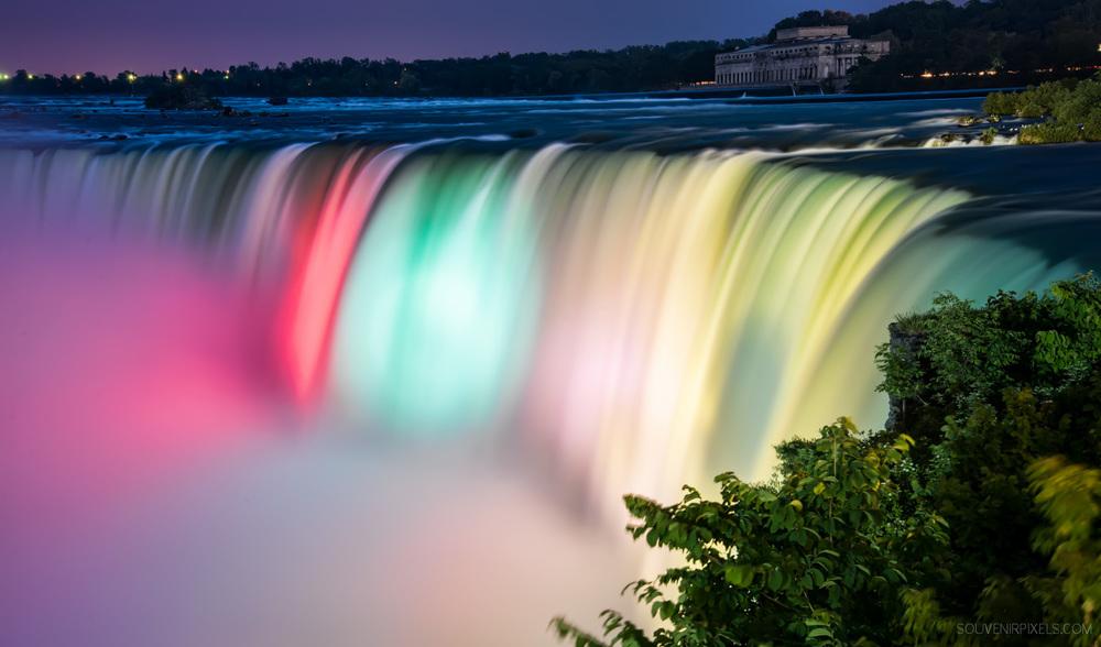 Ontario Waterfalls-P0702-Niagara Falls Colors-XLarge.jpg