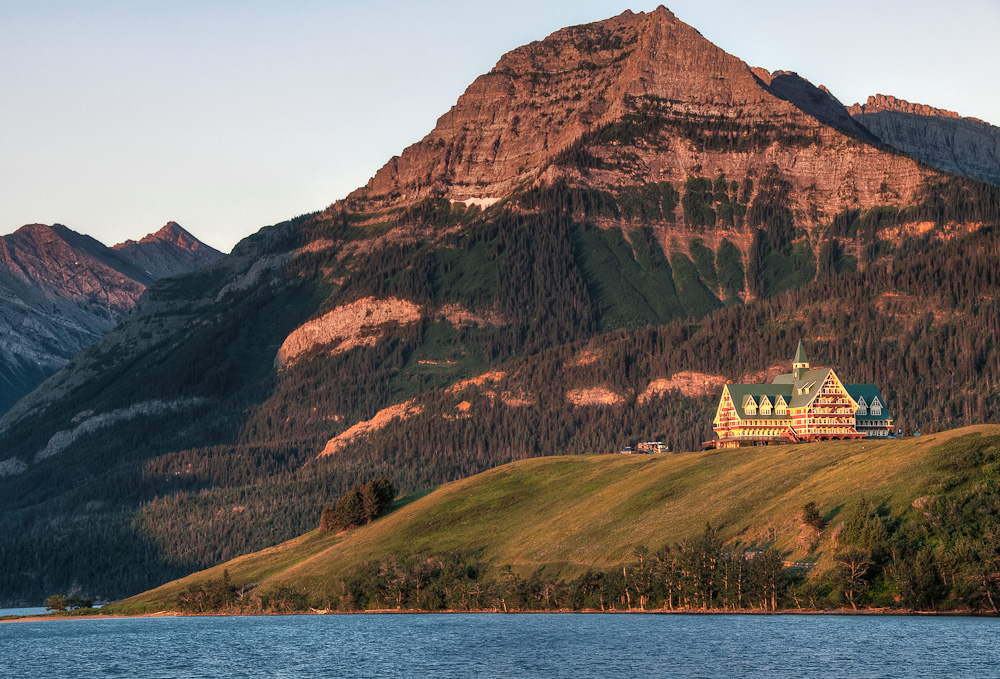 Prince Of Wales Hotel At Waterton Lakes