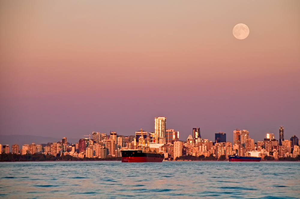 Vancouver Full Moon