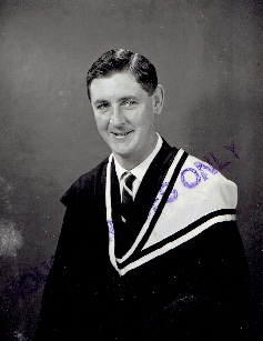 Graduation from melbourne uni bachelor of laws 1970