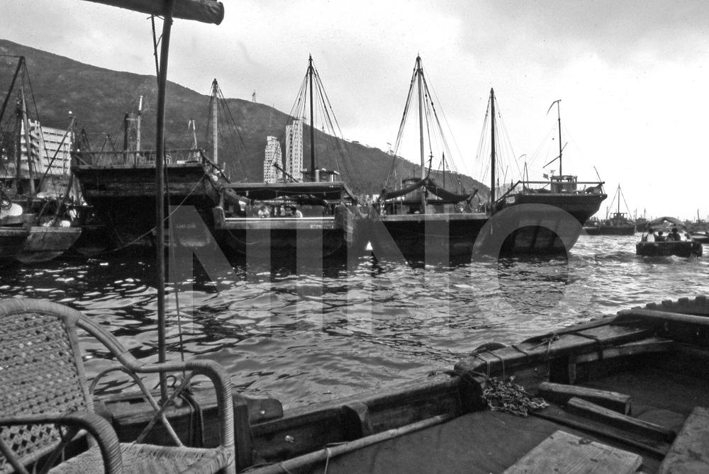 Boat B&W 7.jpg