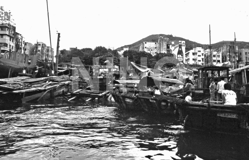 Boatyard 1.jpg
