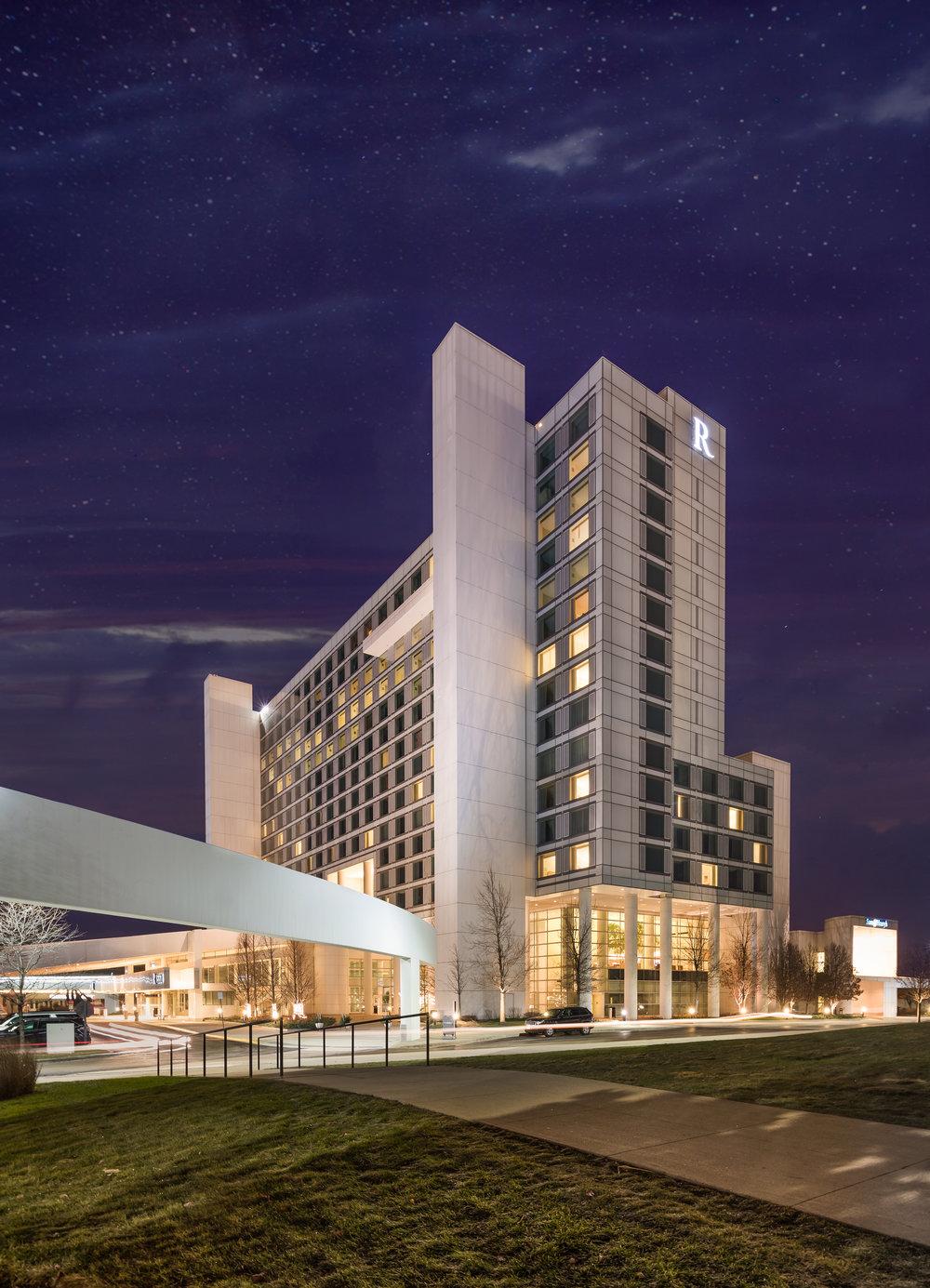 R Hotel 3.jpg