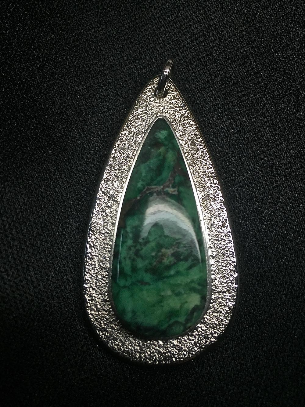 Sterling Silver & Damele Varasite Pendant