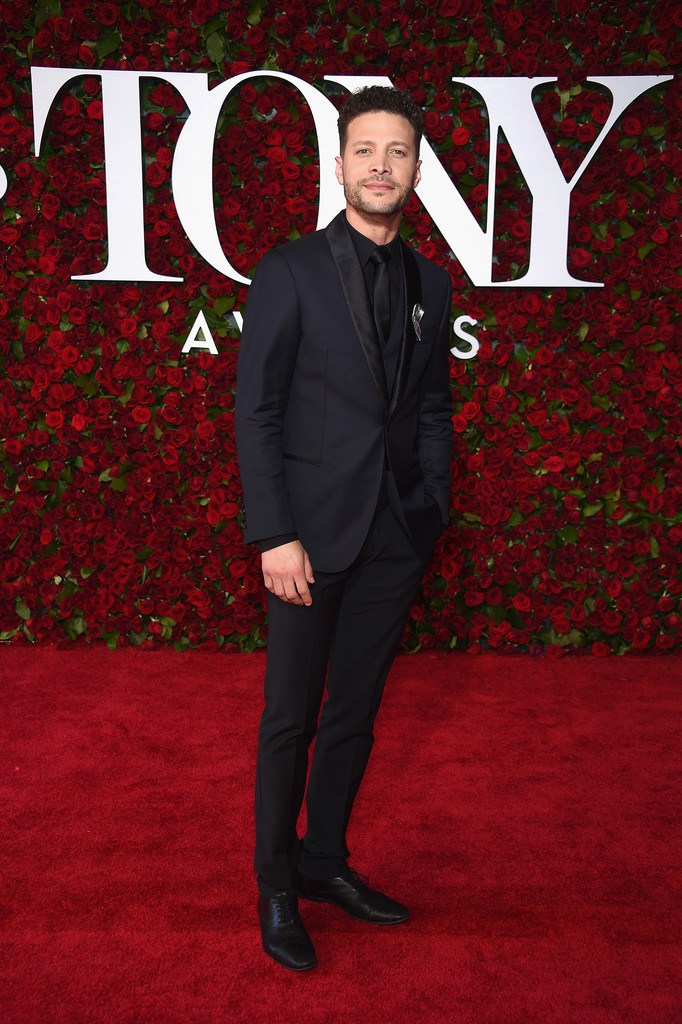 2016TonyAwardsArrivals-justin-guarini.jpg