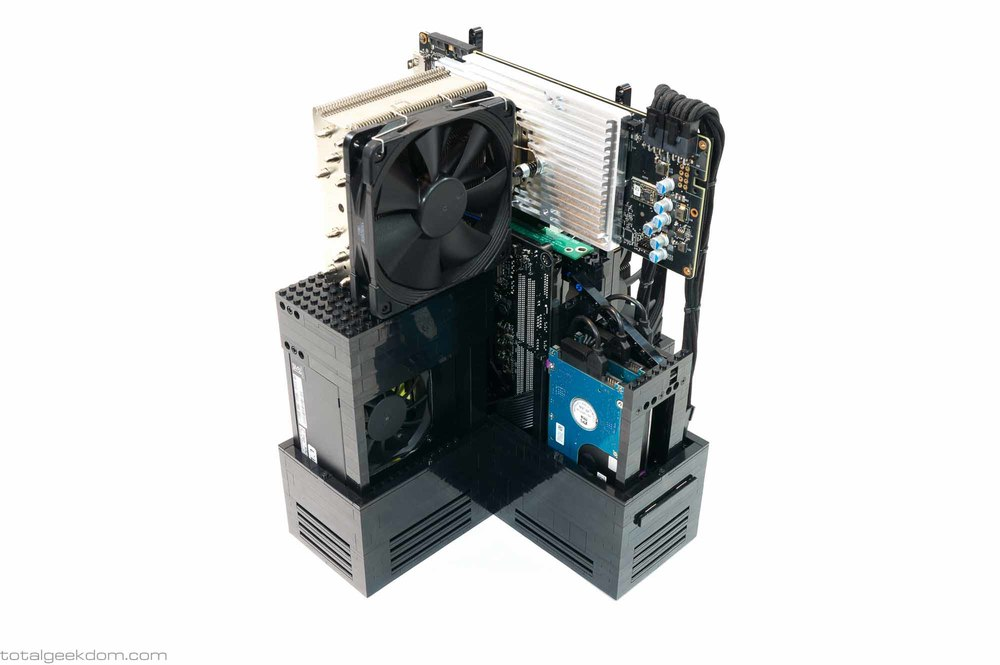 Lego-Gaming-Computer-Custom-Graphics-Card-Tower-Cooler-and-Heatsink-2.jpg