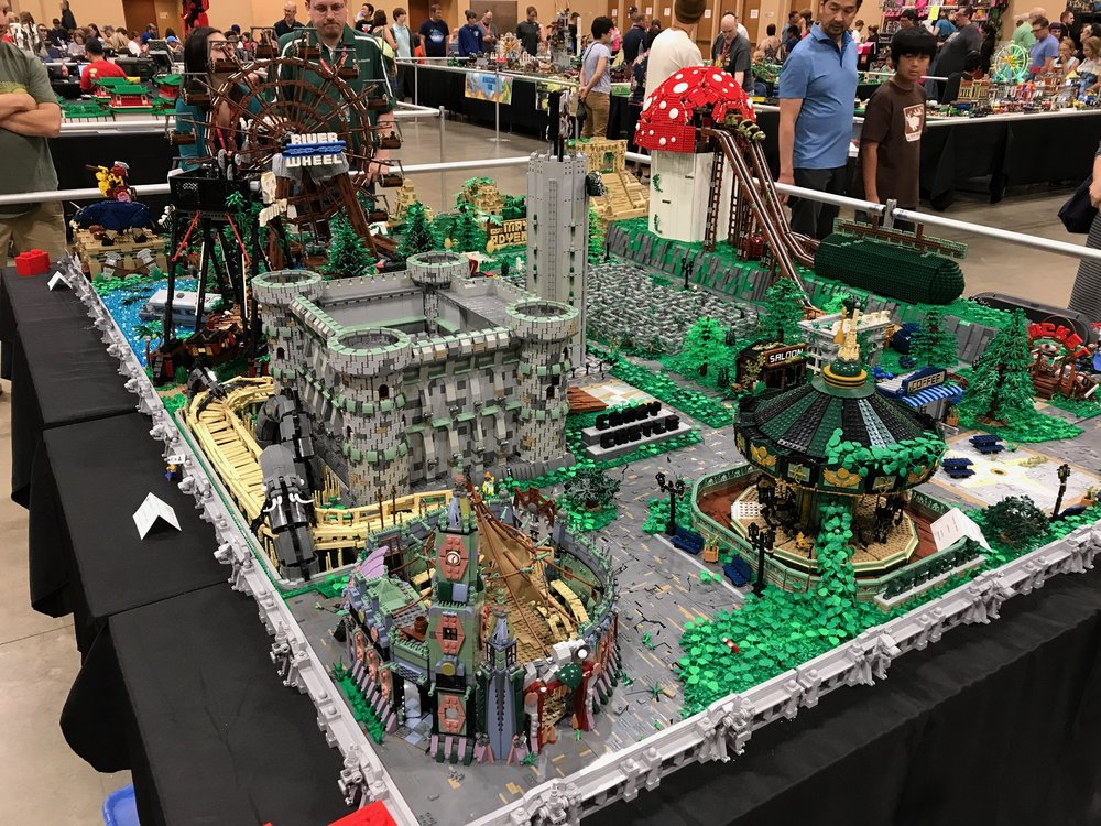 Brickworld01.JPG