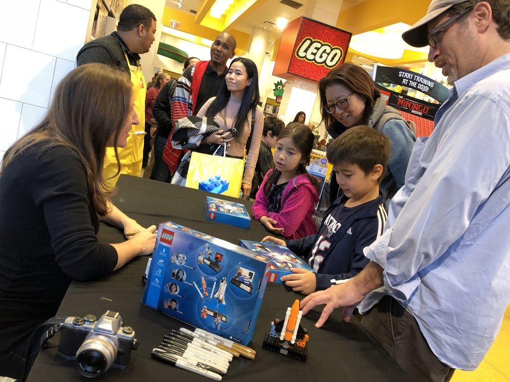 maia talks with enthusiastic young fans, helping to mold our future stem leaders!