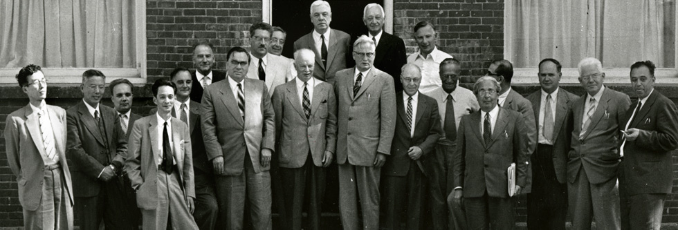 Attendees of the first Pugwash Conference on Science and World Affairs