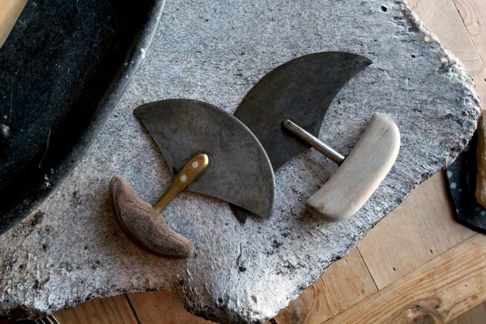 'Ulu' - An Inuit all-purpose knife