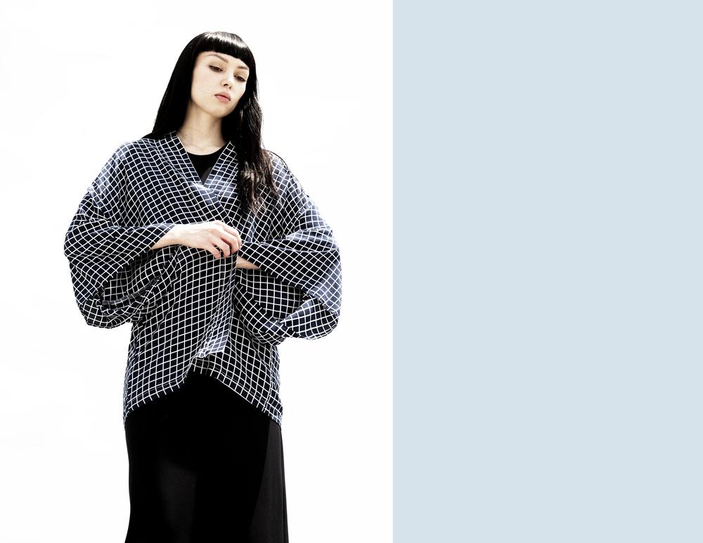 GEO GRID HAORI KIMONOIndigo Grid Print Silk Haori Kimonowww.thekimonokid.com/shop