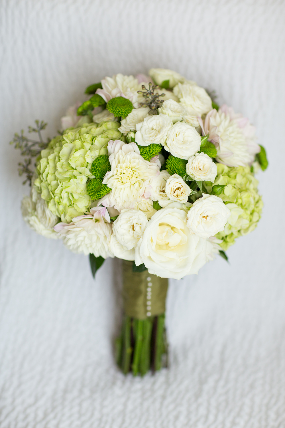 green white bridal bouquet