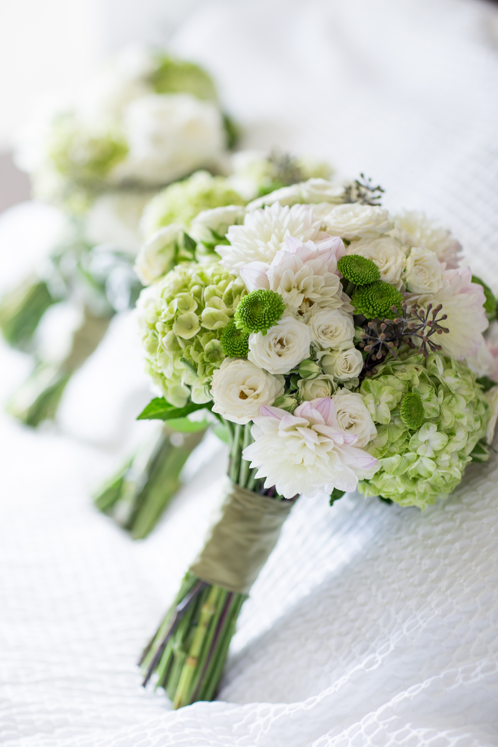 wedding bouquets green purple