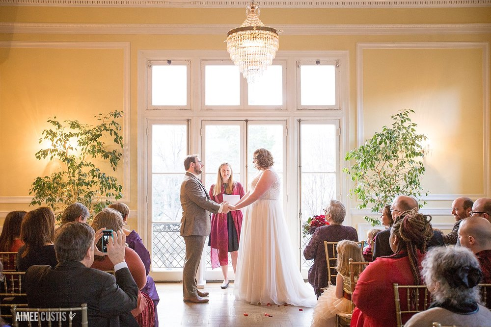 Cozy sunlit winter wedding at Josephine Butler Parks Center
