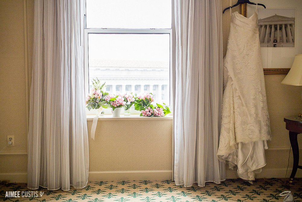 classic elegant Willard Intercontinental wedding photography Washington DC