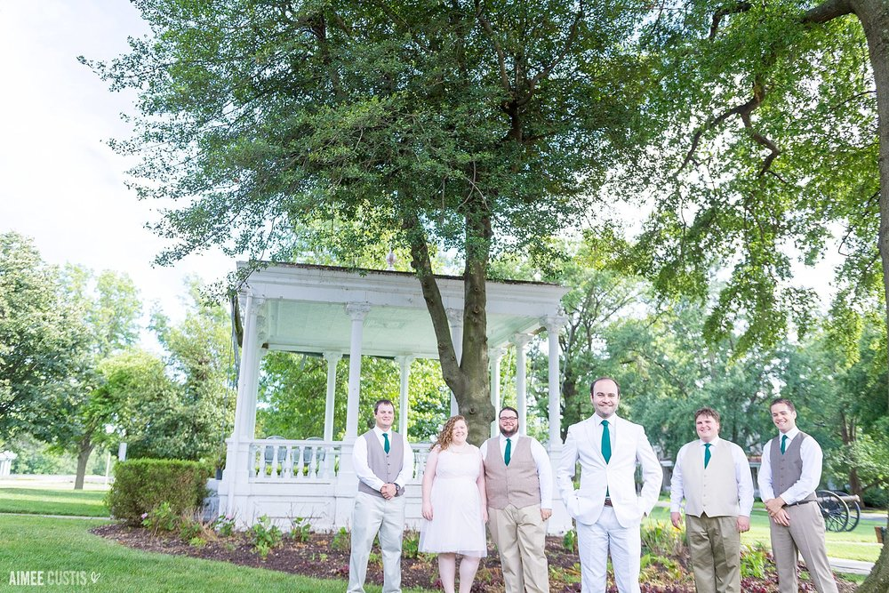 romantic garden wedding at Lincoln's Cottage wedding photography