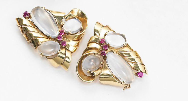 Yard+Moonstone+Clips.jpg