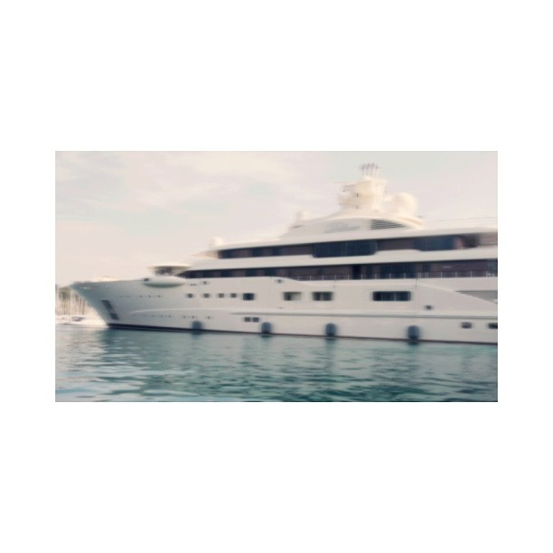 M/Y Dilbar. Designer: Tim Heywood Builder: Lurssen. 110 meters of pure bliss…