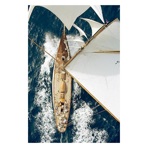 Power and Style. One of @annakorkobcova favorites.   I.D. Sloop Yacht