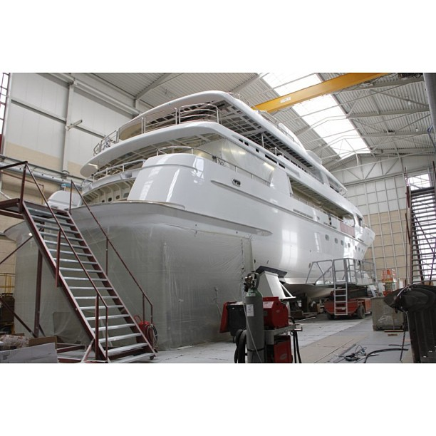 Giving birth to a new yacht. I would love to get a tour of a super yacht shipyard, so many questions to ask!