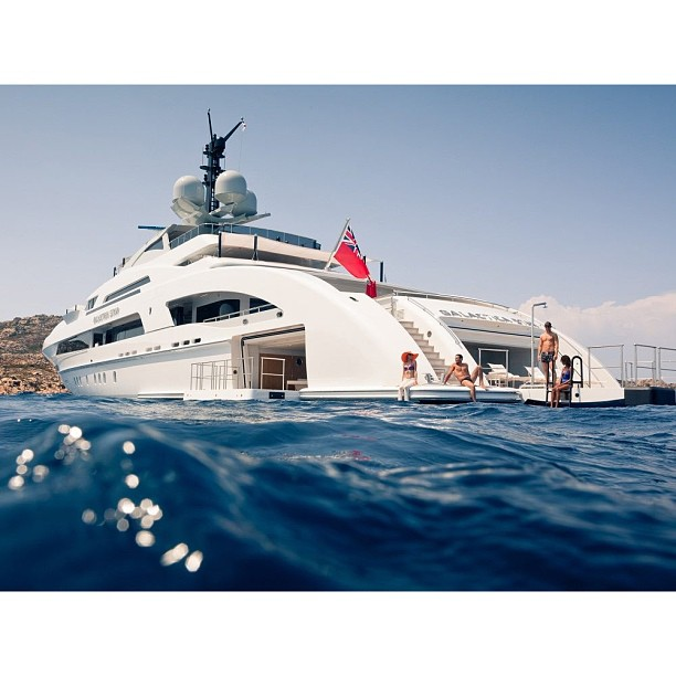 …. the laid back look of Galactica Star. @jdwdesign and the Omega design team did an incredible job bringing the yacht builder Heesen onto another level. #swimming#water#design#yachtdesigner#yachtdesign#superyacht#megayacht#simplicity#beauty#architecture#lifestyle#travel#luxury#world#boat#yacht#passion#inspired#concept#theyachtcollective#heesen#sainttropez
