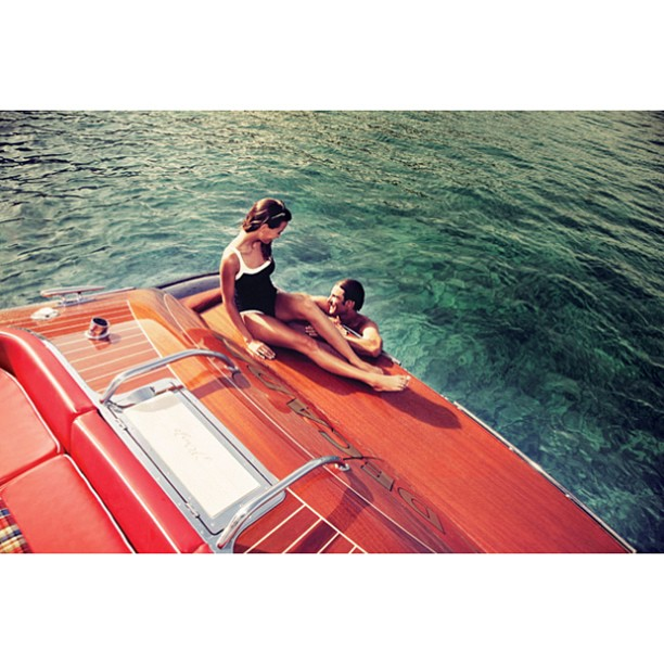 Let's start the day like this @annakorkobcova.   A truly timeless design, Riva.